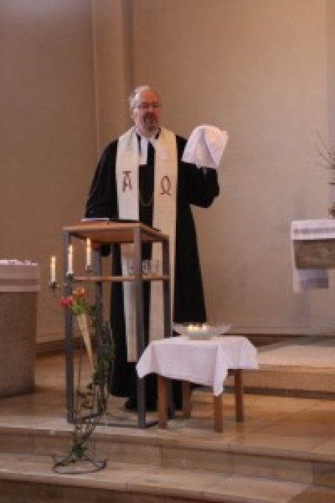 Familiengottesdienst zu Ostern in der Auferstehungskirche